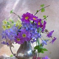 Весенний букетик :: Наталия Тихомирова