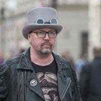 В шляпе и очках :: Александр Степовой