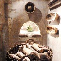 Печь в кухне. Интерьер замка Шенонсо :: Iren Ko