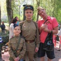 На Празднике Победы :: Дмитрий Никитин