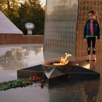 У Обелиска Вечного огня в Шымкенте. :: Anna Gornostayeva