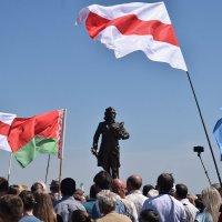 Памятник Тадеушу Костюшко. Косово. Беларусь. :: Valera Solo