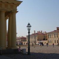 во дворе Петропавловской крепости :: Елена
