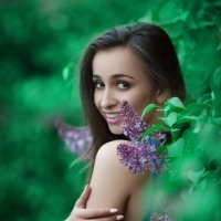 В сиреневом саду :: Александр Photo-Sasha.ru