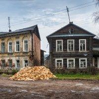 Два старых дома :: Юлия Батурина