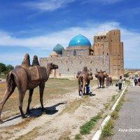 Мавзолей Ходжа Ахмеда Яссауи в Туркестане. :: Anna Gornostayeva