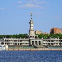 Северный речной вокзал :: Ирина Via