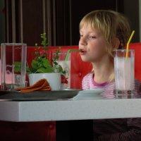 Страстная любовь к молочным коктейлям :: Александр Сапунов