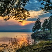 spring evening at the lake :: Dmitry Ozersky