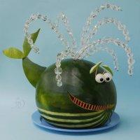 Позитивная подача арбузика к столу. :: Лара Гамильтон