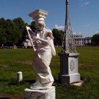Живая скульптура :: Вероника