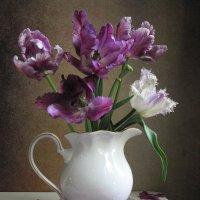 Отцветают фиолетовые тюльпаны... :: Наталия Тихомирова