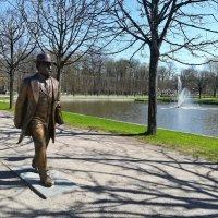 Погулка около Лебединого пруда в Кадриорге, Таллин :: veera (veerra)