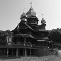 Деревянный   храм   в   Погоне :: Андрей  Васильевич Коляскин
