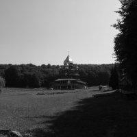Греко - католический   мужской   монастырь   в   Погоне :: Андрей  Васильевич Коляскин