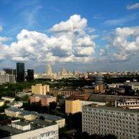 ОБЛЕТАЯ МОСКВУ :: Анатолий Восточный
