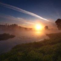 Рассвет в тумане :: Юрий Кольцов