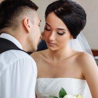 Мгновения тишины свадебного дня :: Артем