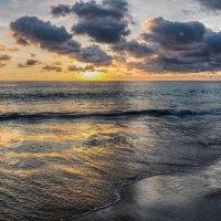 Karon beach :: Slava Hamamoto