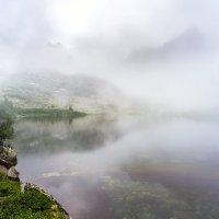 Утро Цветного озера :: Ник Васильев