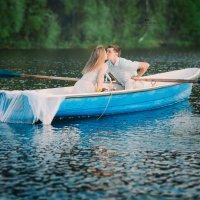 Романтика в лодке :: Алёна Печенина