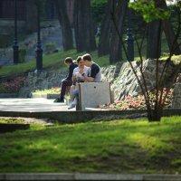 Вечером в парке, Владивосток :: Эдуард Куклин