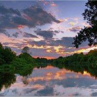 Вечер на реке :: Вячеслав Минаев