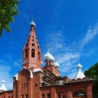 В Петергофе реставрируют паперти собора Серафима Саровского :: Александр