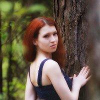 Рыжеволосая лесная нимфа :: Надежда Журавкова