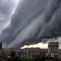 Облако-гусеница.... :: leonid