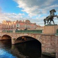Аничков мост и кони :: Юлия Батурина