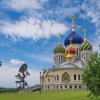 Церковь Игоря Черниговского, что в Переделкино. :: Александр С.