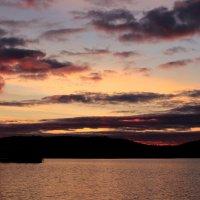 Закат на озере :: -DMS- .