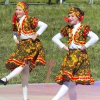 Танец :: Вик Токарев