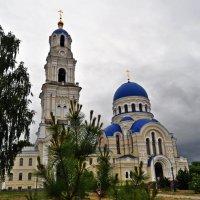 Мужской монастырь Свято Тихонова пустынь. :: Лариса Вишневская