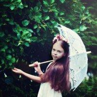 Девочка с зонтиком :: марина алексеева