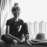 У окна :) :: Юлия Гасюк