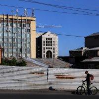 Ереван - город контрастов :: Татьяна [Sumtime]