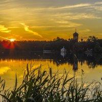 Закат на Введенском озере :: Сергей Цветков