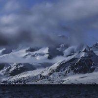 горный пейзаж севера о.Спицбергена :: Георгий