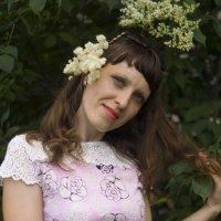 Ах, эта белая сирень! :: Светлана Бурлина