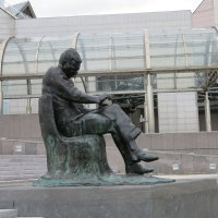 Памятник композитору :: Natalia Harries