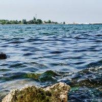 Плещется тихонько волна... :: Galina Sajnikova