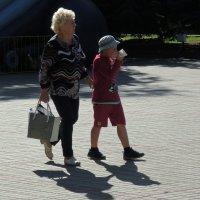 Ребёнку нужно питаться регулярно :: Александр Сапунов