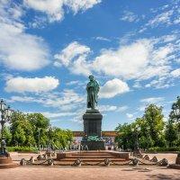 Пушкинская площадь :: Юлия Батурина