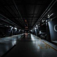 Парковка в Зарядье :: Вячеслав Богомолов