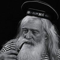 Боцман вспоминает ушедшие дни. :: Николай Кондаков