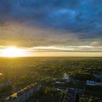 Закат в городе Кемь :: Александр Новиков