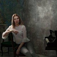 Студийный портрет :: Мария Шабурникова