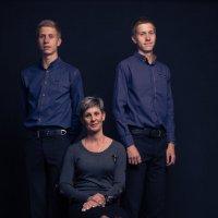 Семейный портрет :: Яна Глазова